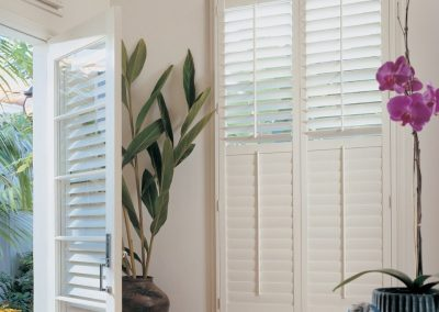 Cutsom Window Treatments for Entrance Area in Jackonville, Florida (FL)