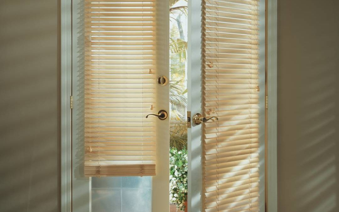 Deciding Between Genuine & Faux Wood Blinds